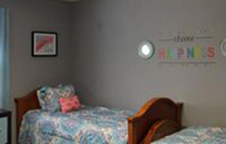 shelter bedroom2